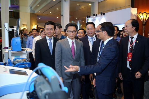Vietnam ICT Summit 2019: Làm gì để tăng tốc chuyển đổi số?