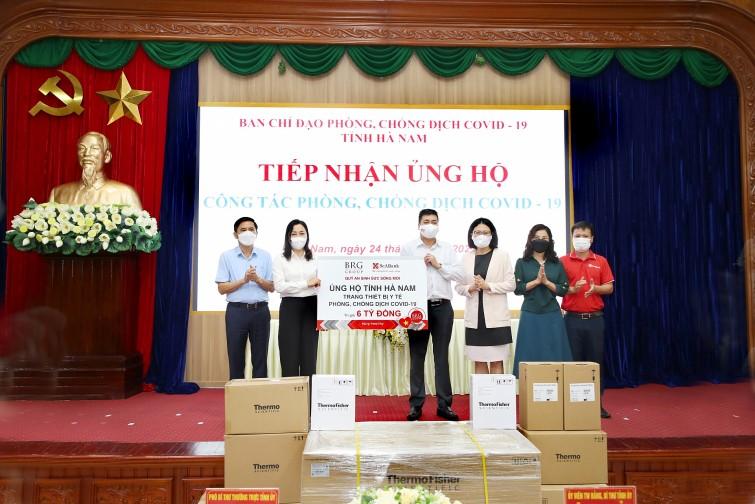 Tập đoàn BRG và SeABank ủng hộ trang thiết bị y tế phòng chống dịch Covid-19 trị giá 6 tỷ đồng cho tỉnh Hà Nam