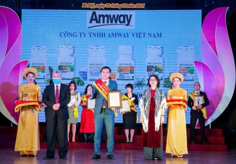 """Amway Việt Nam lần thứ 8 nhận giải thưởng """"Sản phẩm vàng vì sức khoẻ cộng đồng"""""""