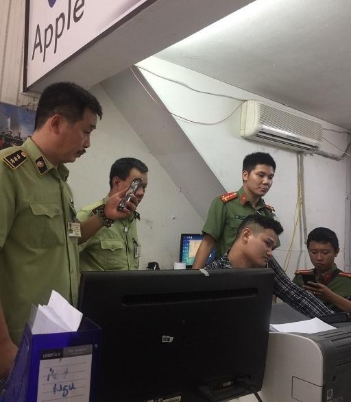 phat hien cua hang ban dien thoai samsung rom