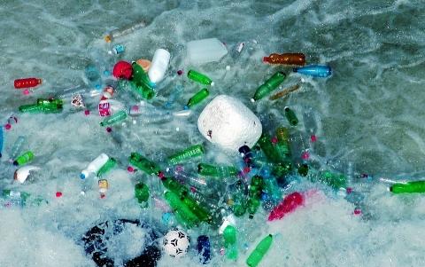 Rác thải nhựa đại dương đang là vấn đề nóng trên toàn cầu