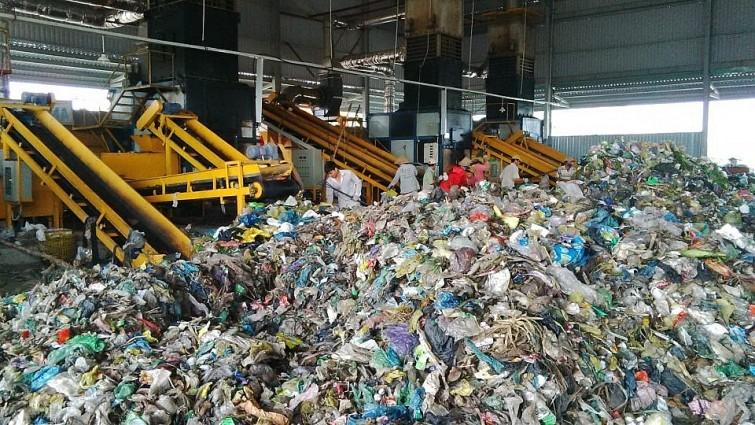 Xử lý rác thải sinh hoạt thành dinh dưỡng hữu cơ phục vụ cho nông nghiệp xanh