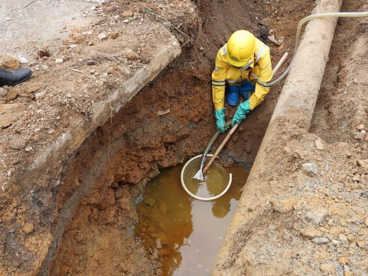Hà Nam tích cực khắc phục môi trường sau sự cố xăng dầu tại địa bàn xã Thi Sơn