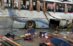 ha noi len ke hoa ch su dung xe bus dien tu 2021