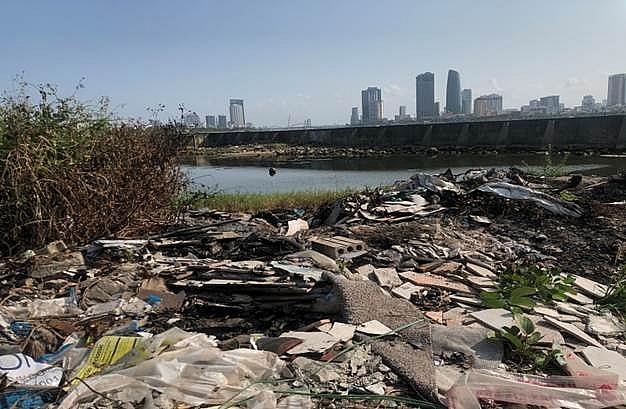 """TP. Đà Nẵng, nhiều tuyến đường thuộc phường Nại Hiên Đông trở thành điểm """"tập kết"""" rác bừa bãi"""