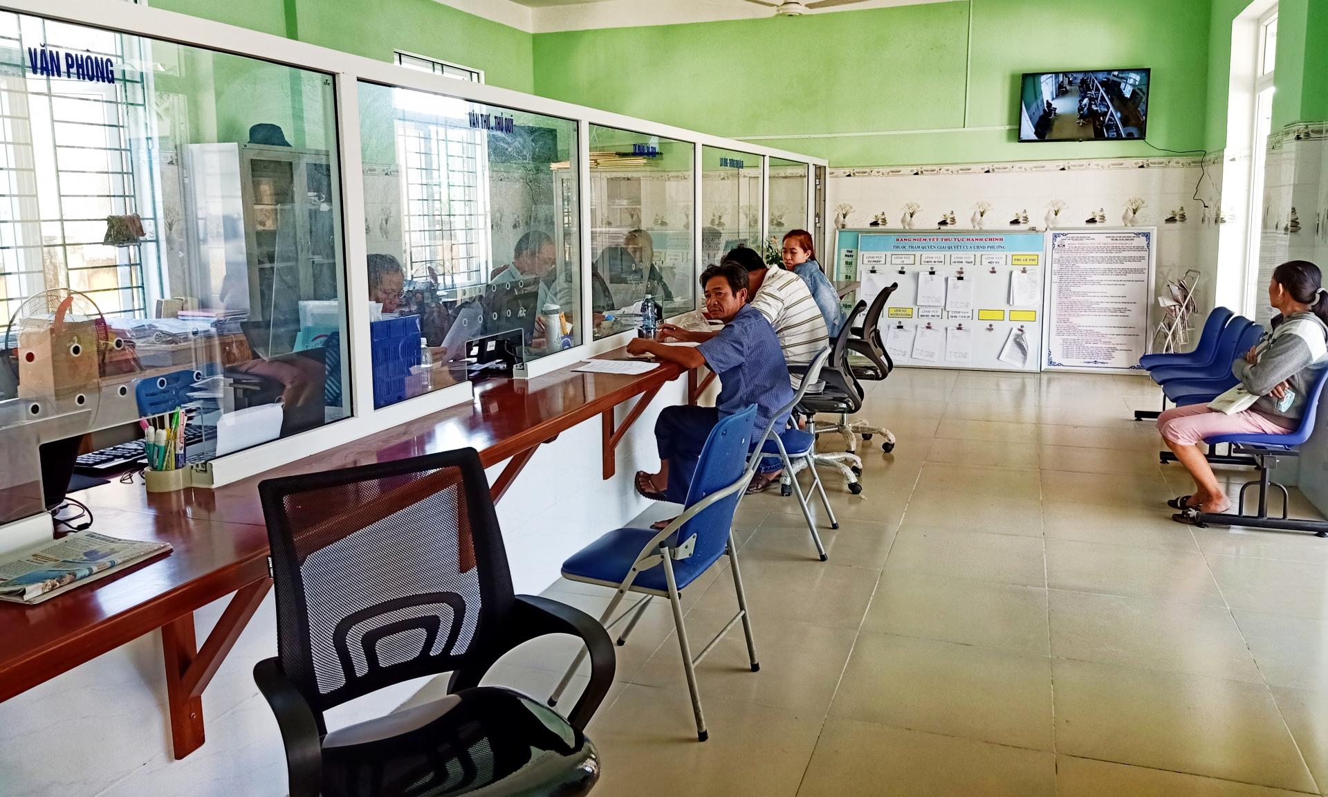 Phường Điện Nam Trung: Luôn chú trọng làm tốt công tác cải cách hành chính