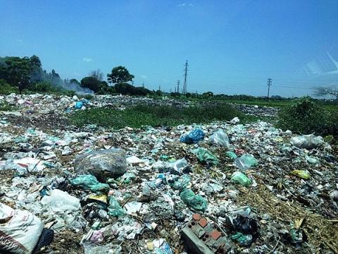 Hà Nam: xử phạt 1,7 tỷ đồng đối với 02 công ty do vi phạm các quy định của pháp luật về bảo vệ môi trường