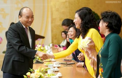 su tham gia lanh dao cua phu nu la nhan to khong the thieu doi voi su phat trien
