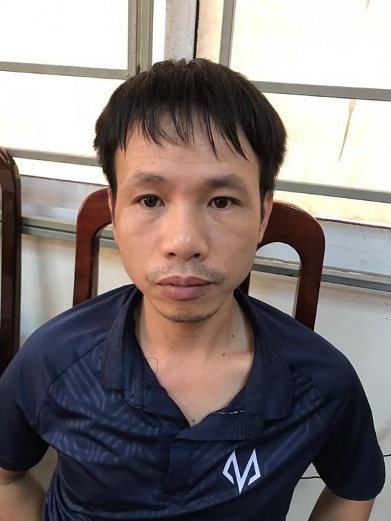 bat 2 cdv nam dinh ban phao sang chong doi canh sat tren san hang day