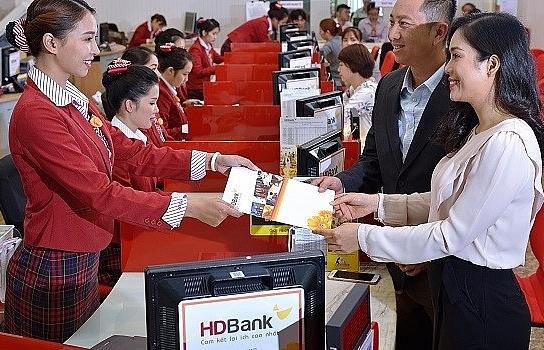 hdbank phat hanh thanh cong 900 ti dong trai phieu