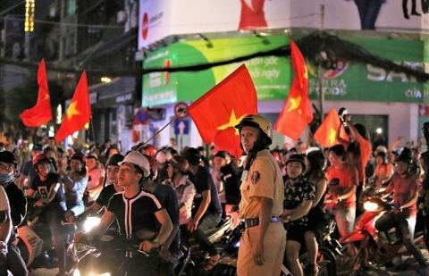 cong an ha noi huy dong 100 luc luong dam bao an ninh trong tran viet nam vs malaysia