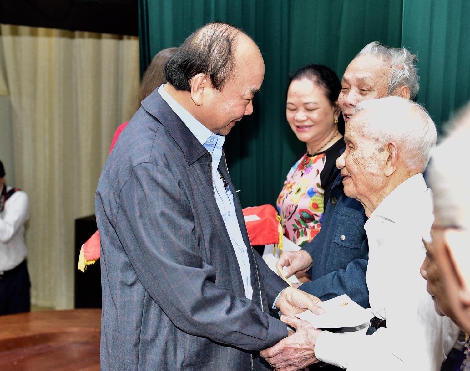 nguon luc chinh khong phai rung vang bien bac