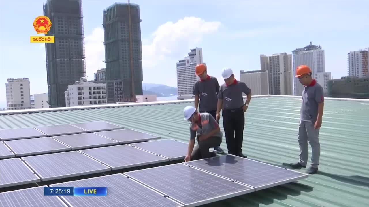 Đẩy mạnh phát triển điện mặt trời mái nhà